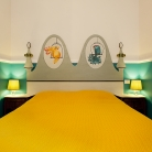 2 - Turquoise - Bed